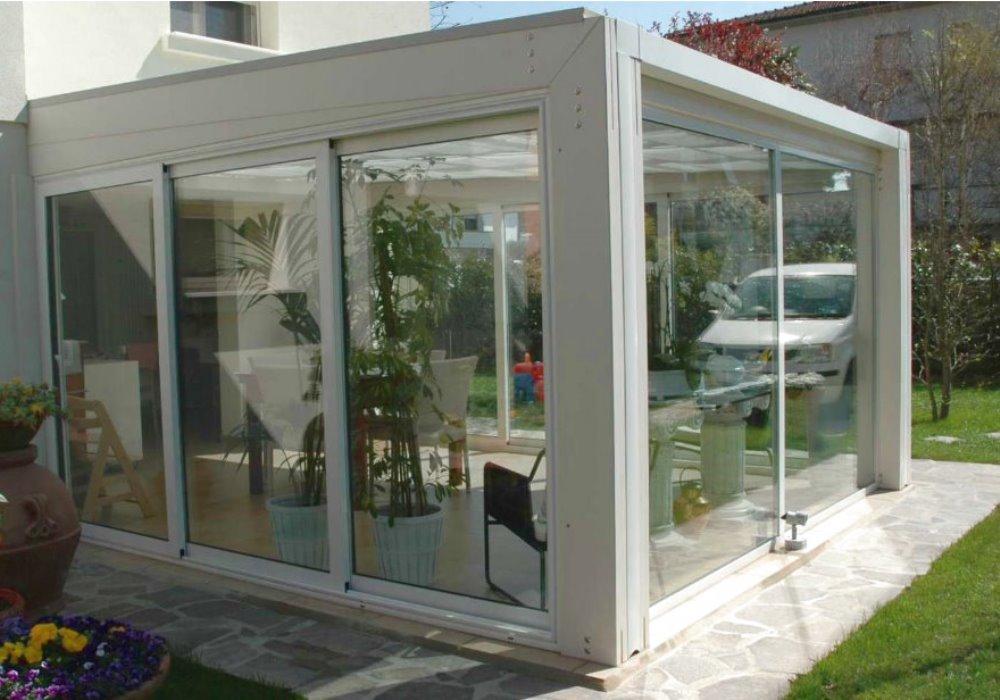 Costruire una serra solare all 39 interno del tuo giardino in for Costruire serra legno