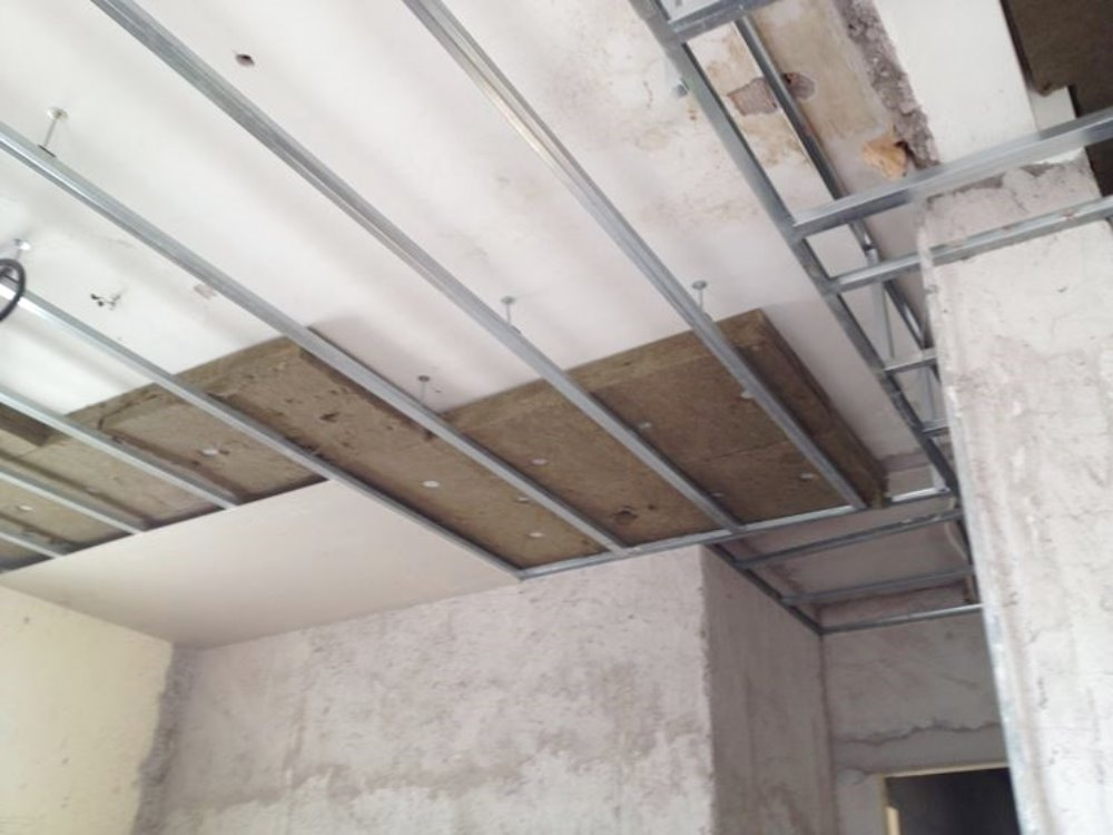 Isolamento soffitto efficientamento energetico con pannelli